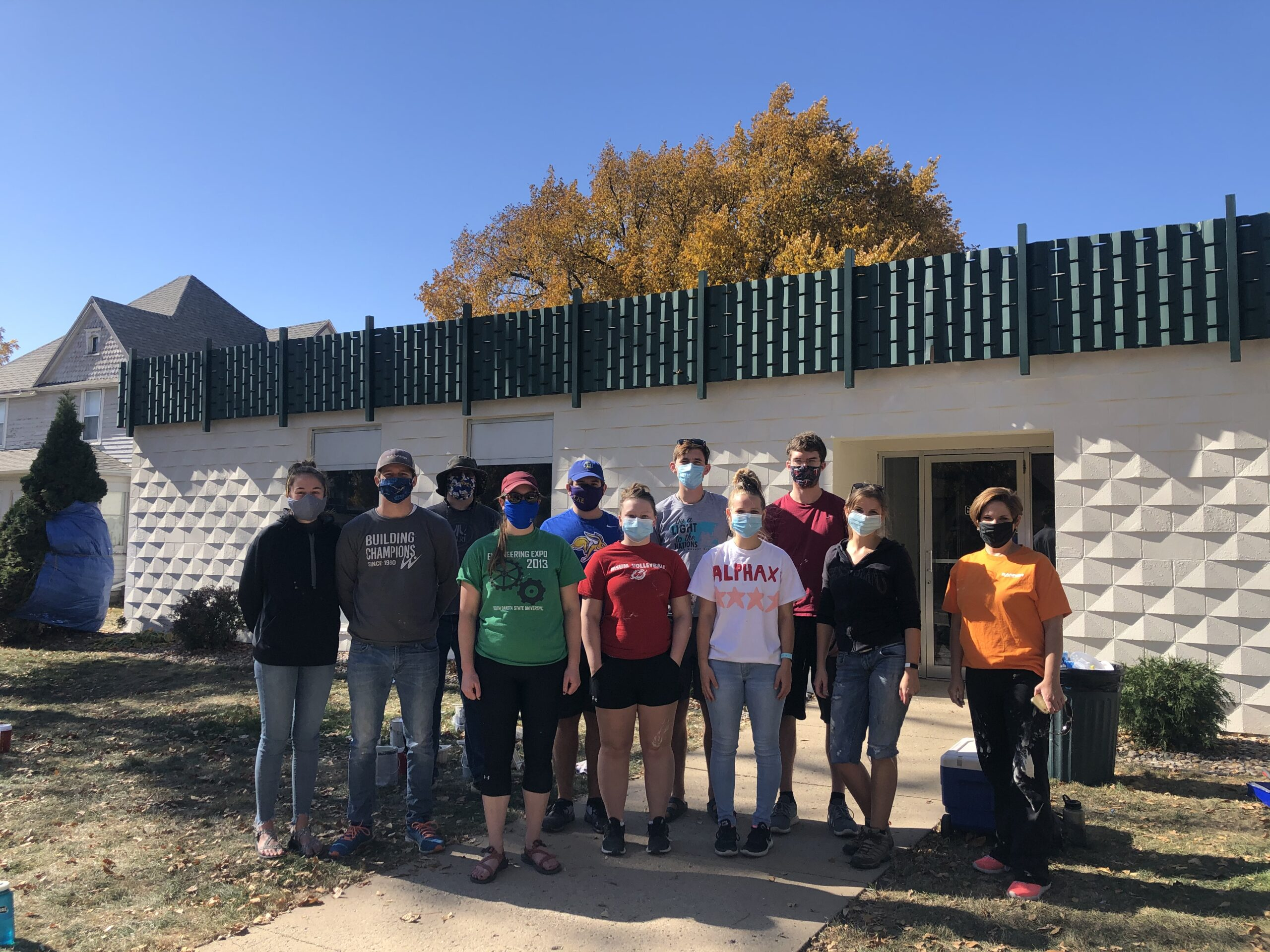 Volunteer Image for Painting Building